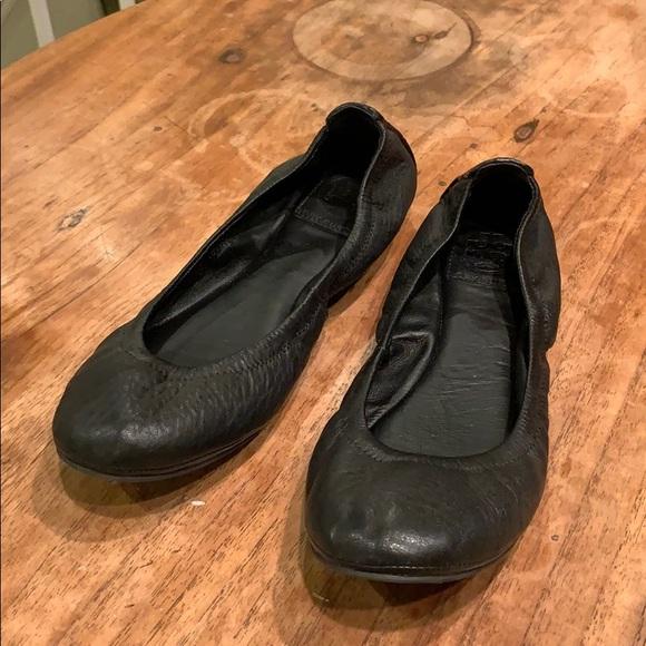 eca9b80d0 Tory Burch Eddie Black Lamb Leather Flats 7.5. M 5c2d9ce4a31c33b894d0419e